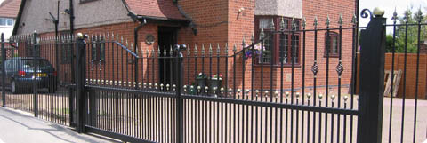 Domestic-electric-gate-installer